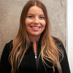 Evany , Assistante Soie Clinique dentaire Montréal >