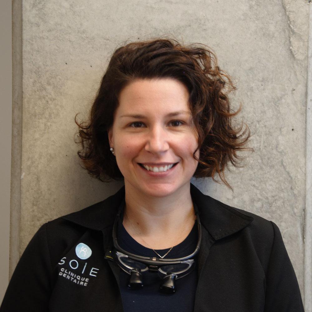 Geneviève Raymond, Dentiste Soie Clinique dentaire Montréal >