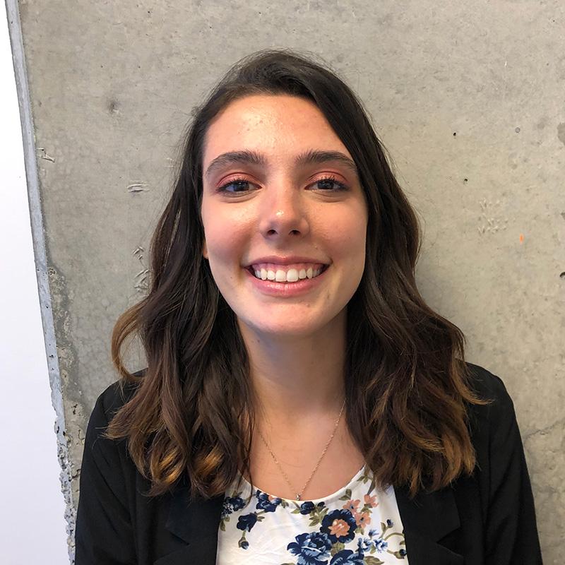 Edith Blais, Secrétaire Soie Clinique dentaire Montréal >