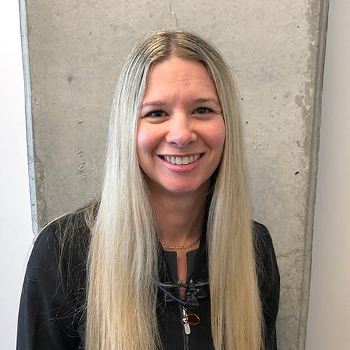 Mélisa Proulx, Dentiste Soie Clinique dentaire Montréal >